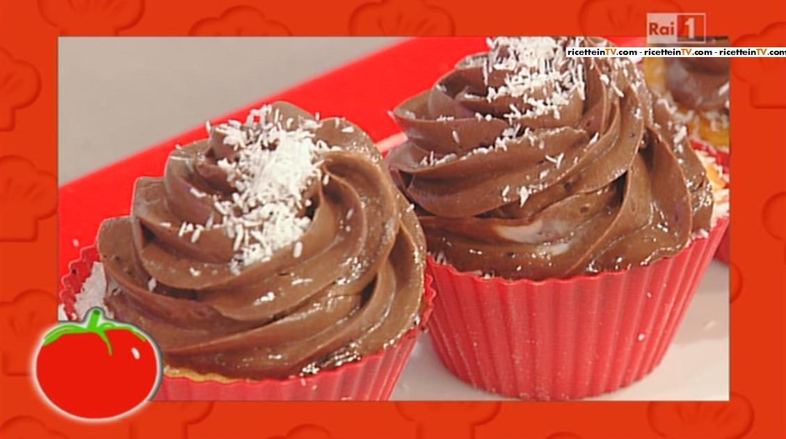 Ricetta cupcakes cocco e cioccolato di ambra romani del 19 for Dolci tradizionali romani