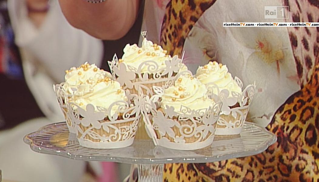La prova del cuoco ricetta cupcake nuziali di ambra romani for Dolci tradizionali romani
