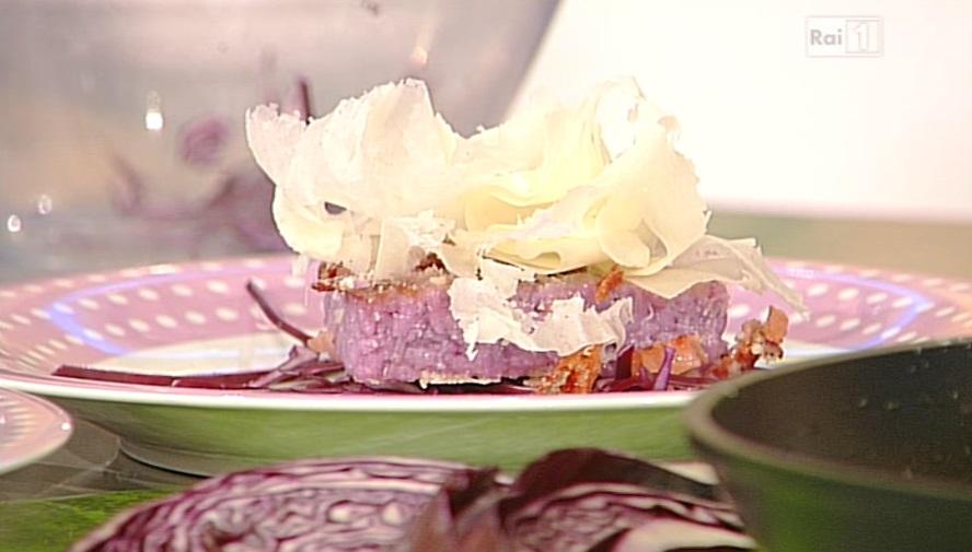 fetta di risotto al cavolo cappuccio viola