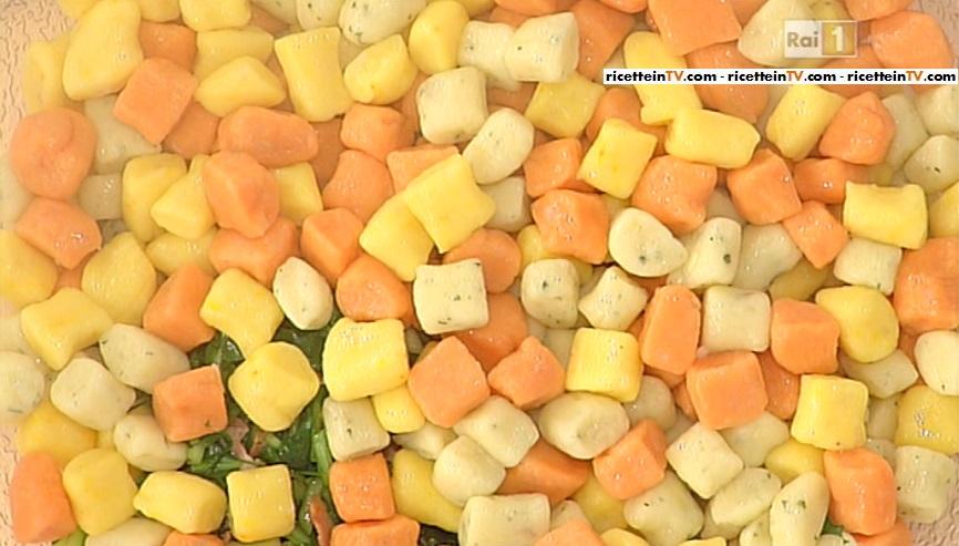 gnocchi colorati cicorietta e pancetta