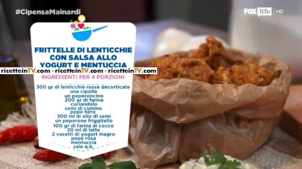 frittelle di lenticchie con salsa allo yogurt e mentuccia