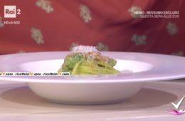 spaghettoni alla carbonara di cima di rapa e caciocavallo