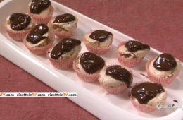 mini meringhe nocciole e cioccolato