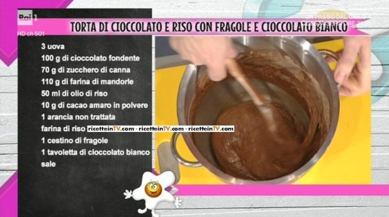 torta di cioccolato e riso con fragole e cioccolato bianco di Sergio Barzetti