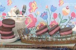 sandwich di gelato e cioccolato