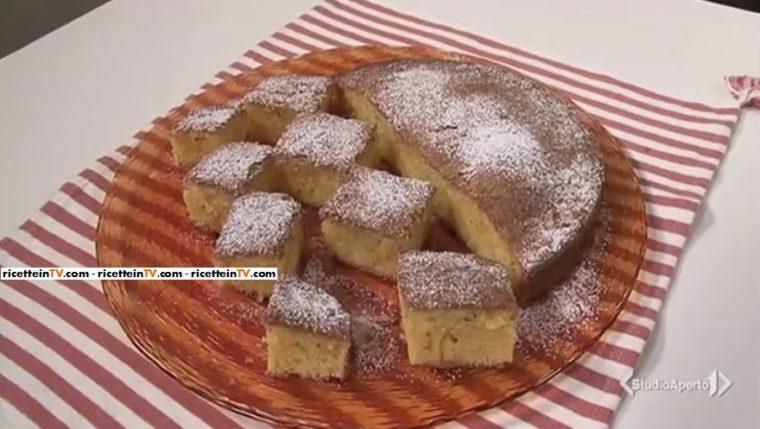 torta di farina di mais e limone