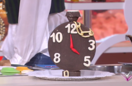 orologio di cioccolato (e cioccolato plastico) di Mirco Della Vecchia