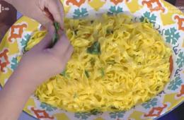 tagliatelle con basilico al limone di Alessandra Spisni