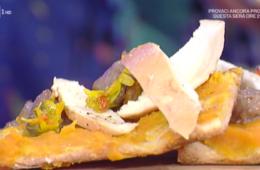 pizza con crema di zucca e salsiccia di Gabriele Bonci