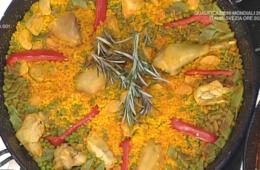 paella valenciana di pollo e verdure