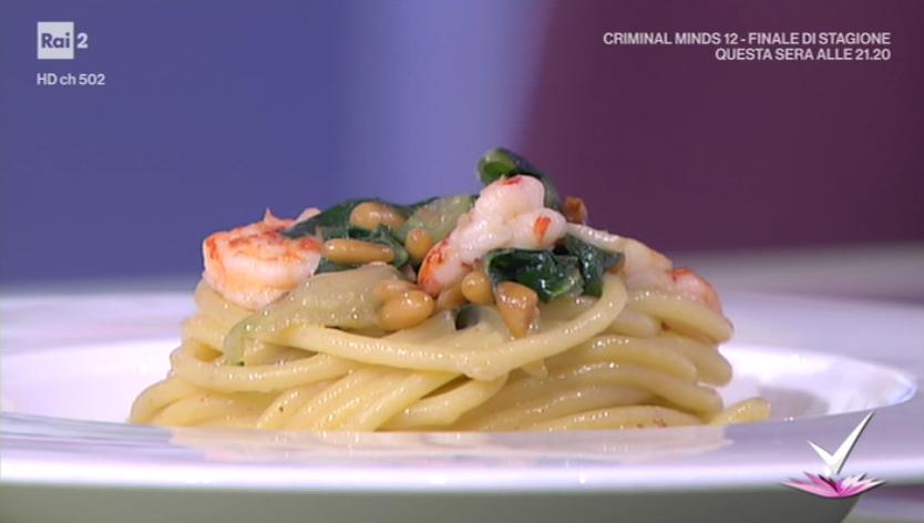 spaghettoni con bieta e gamberi di Ilario Vinciguerra
