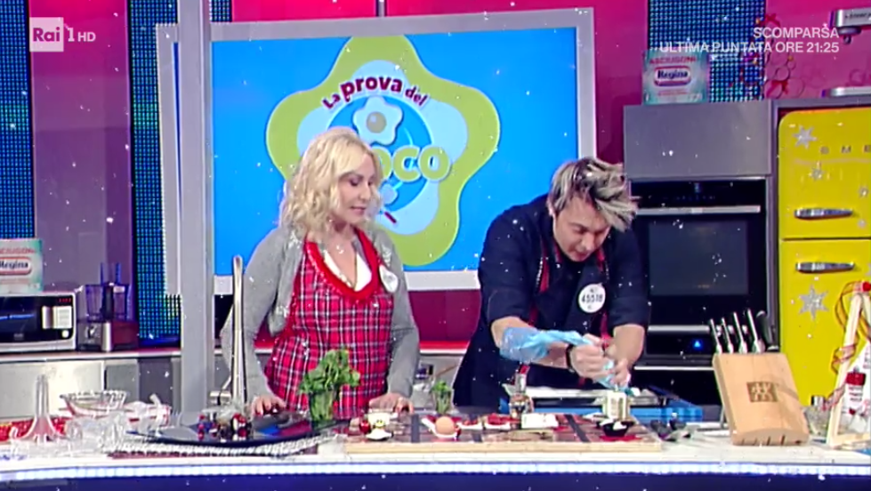 Tronco Di Natale Youtube.La Prova Del Cuoco Ricetta Tronchetto Di Natale Di Andrea Mainardi