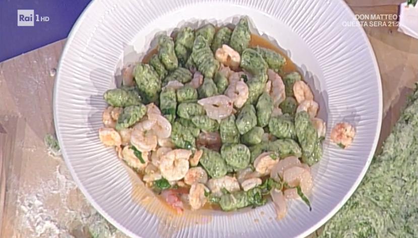 gnocchi verdi con gamberetti di Anna Moroni