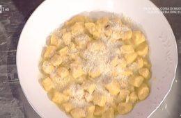 gnocchi di carote con burro salato e mandorle di Daniele Persegani