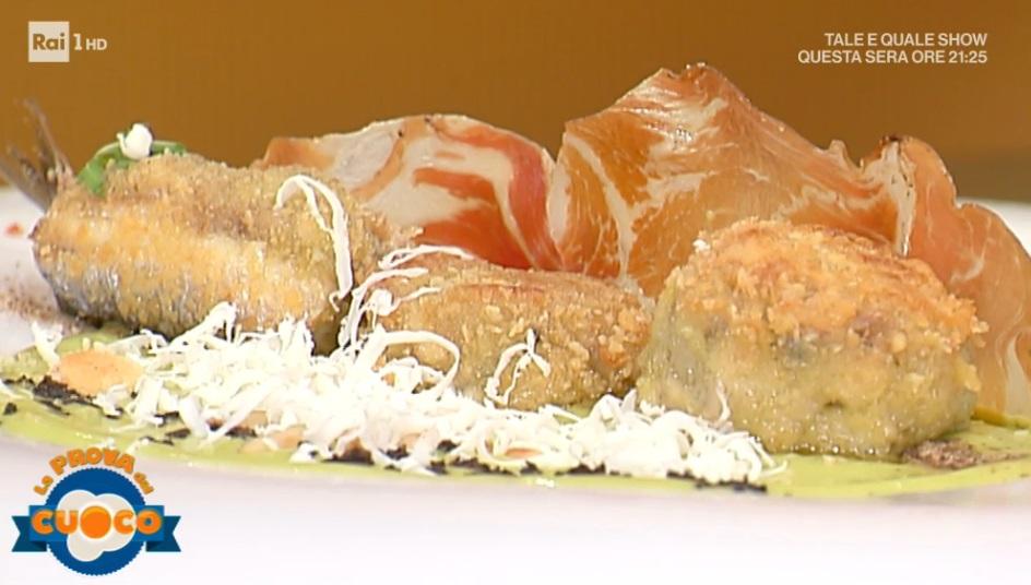 burger di alici su specchio di insalata di Viviana Lapertosa