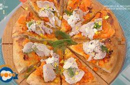 pizza con vitello al tonno e pomodori gialli di Marco Ruffini