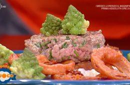 hamburger su spuma di burrata e acciughe con broccolo di Emilio Signori
