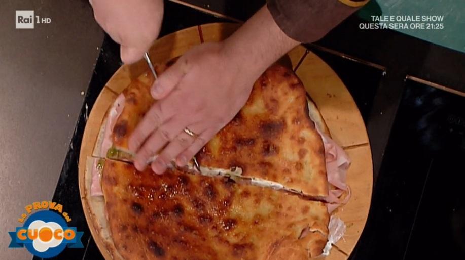 pizza ripiena 'mpoi capì