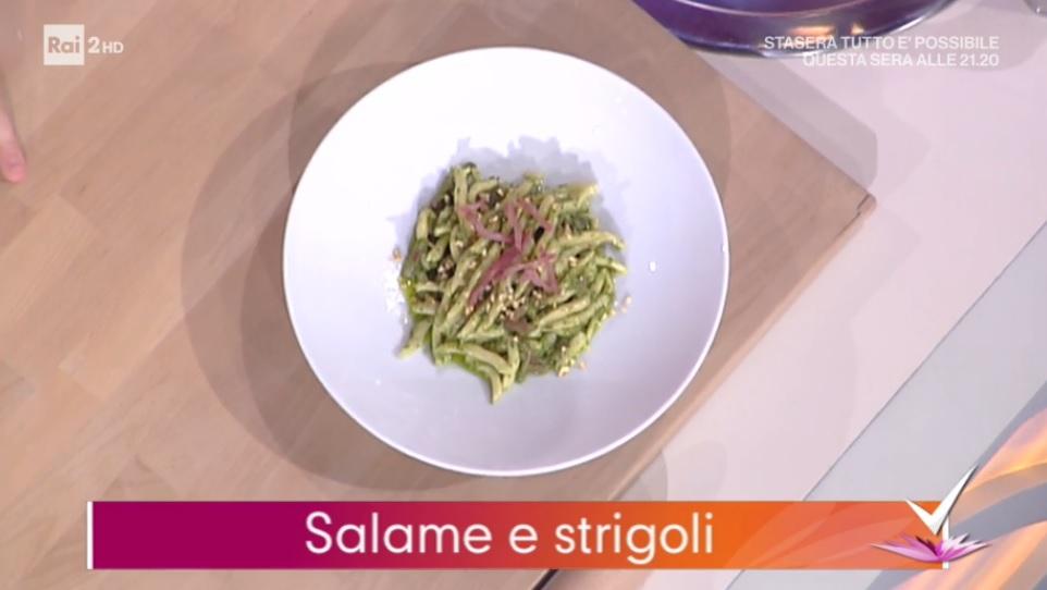 strigoli con crema di spinaci e salame