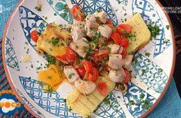 cubotti di pescespada su crostoni di polenta