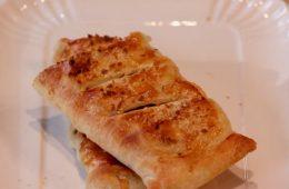 strudel salato e cornetti al salmone di Anna Moroni