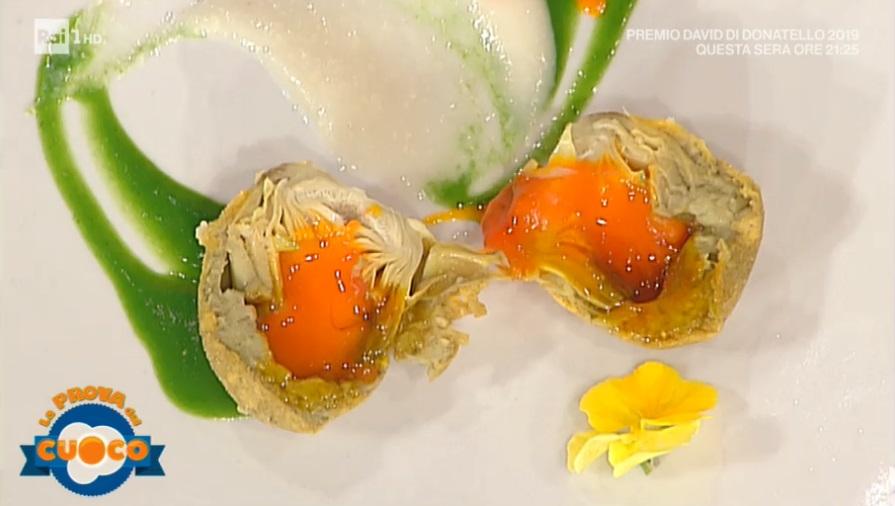 uovo di carciofo con salsa di topinambur di Sandro Serva