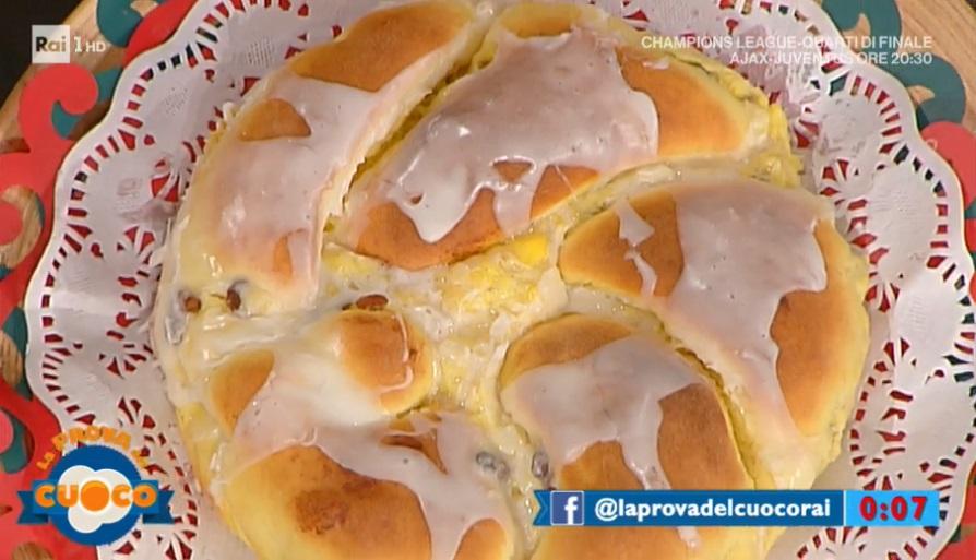 treccia di Pasqua con crema e uvetta di Alessandra Spisni