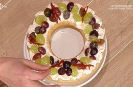 ciambella al vapore con uva di Natalia Cattelani