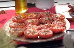 bistecca di manzo con pomodori arrosto