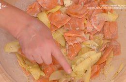 ravioli rossi con salsa di mele di Alessandra Spisni