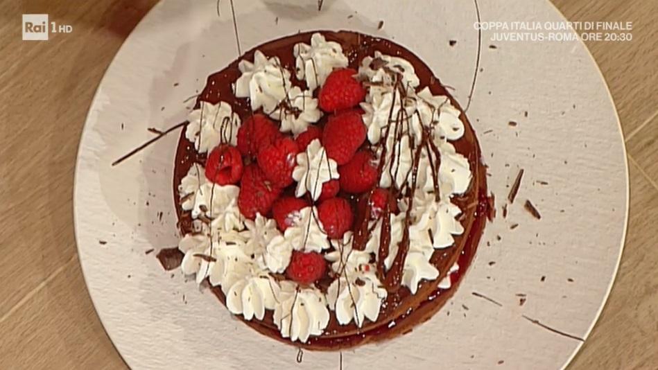 torta al cioccolato con mascarpone e lamponi di Natale Giunta