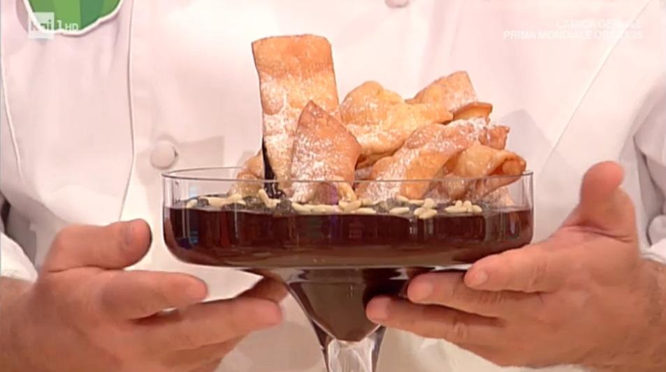 cioccolaccio e chiacchiere di Carnevale di Sal De Riso