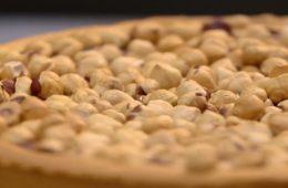 crostata alla crema di gianduia e nocciole