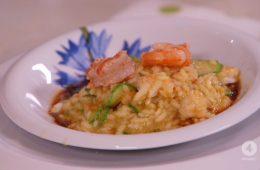 risotto con fiori di zucchine e gamberi