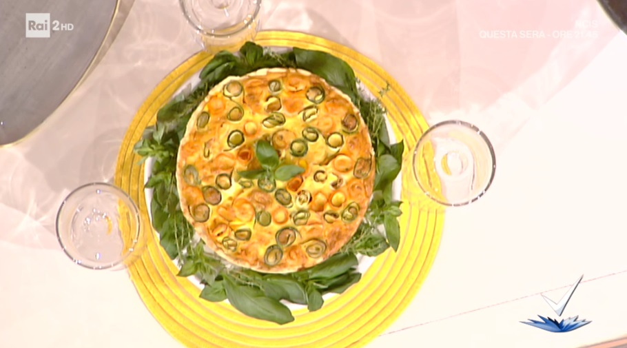 torta salata floreale