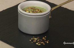 vellutata zucchine e pistacchi