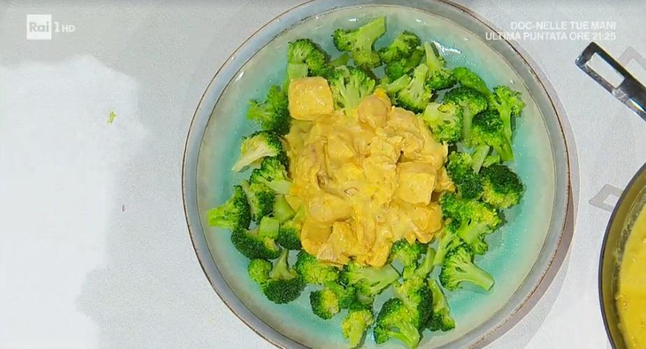 bocconcini di pollo al curry di Francesca Marsetti