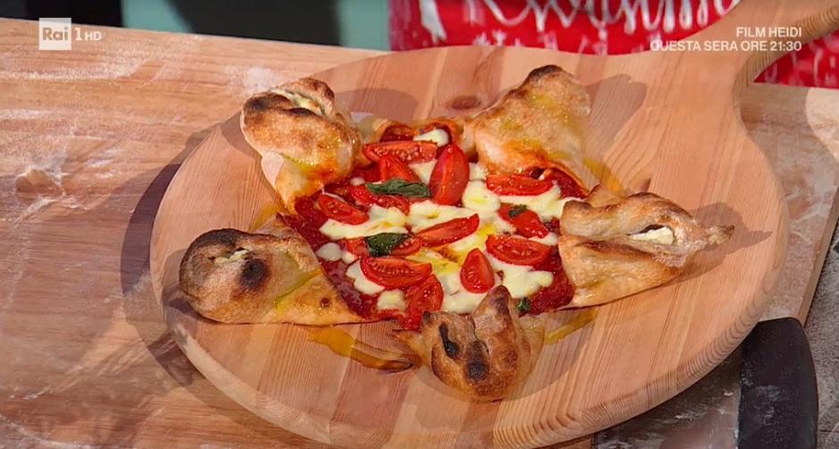 pizza a stella di Natale di Fulvio Marino