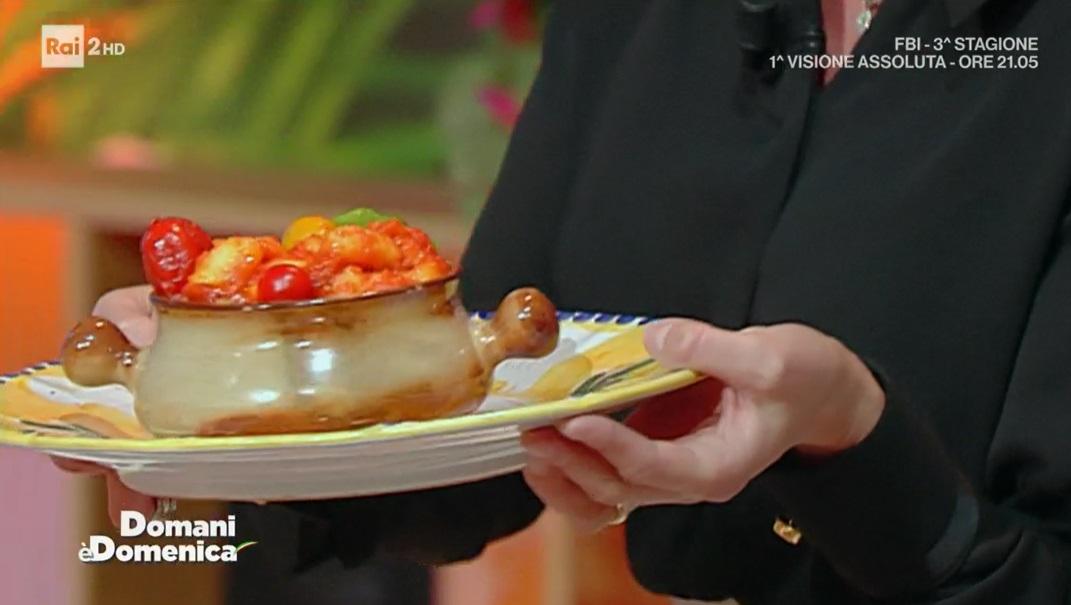 gnocchi con sugo ai tre pomodori