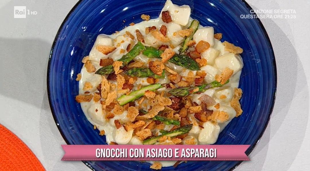 gnocchi con Asiago e asparagi di Jacopo e Matteo Robelli