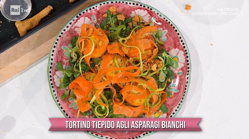 tortino tiepido agli asparagi bianchi di Barbara De Nigris