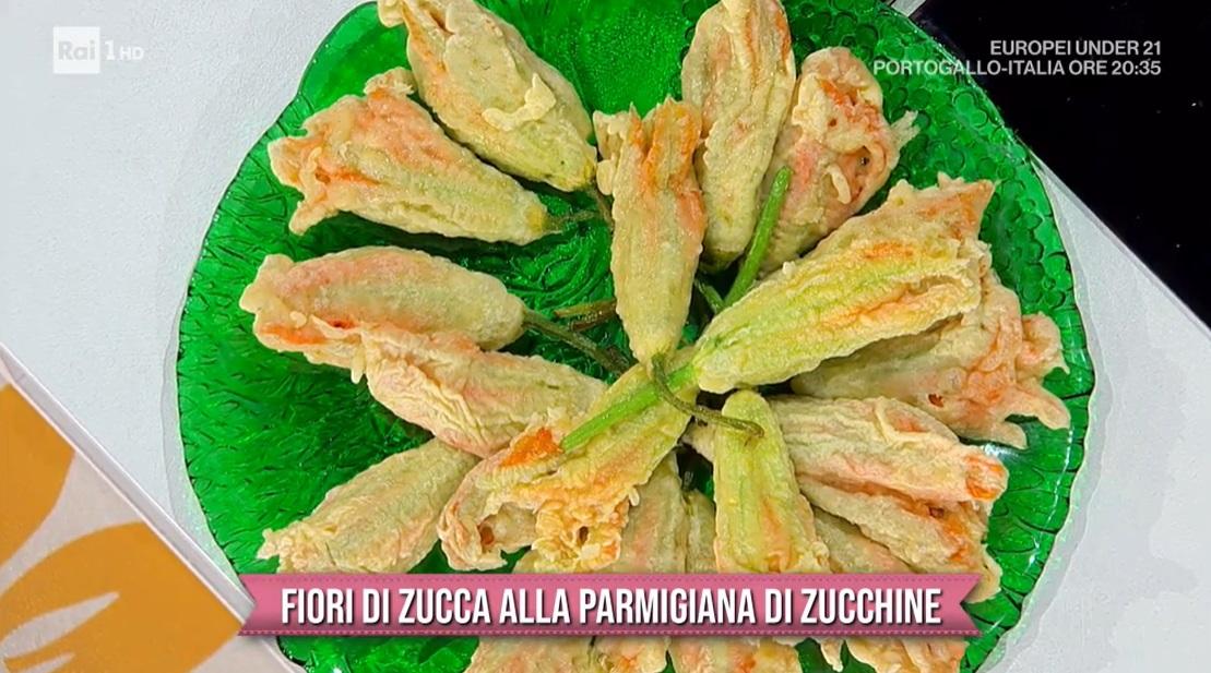 fiori di zucca alla parmigiana di zucchine di Roberto di Pinto