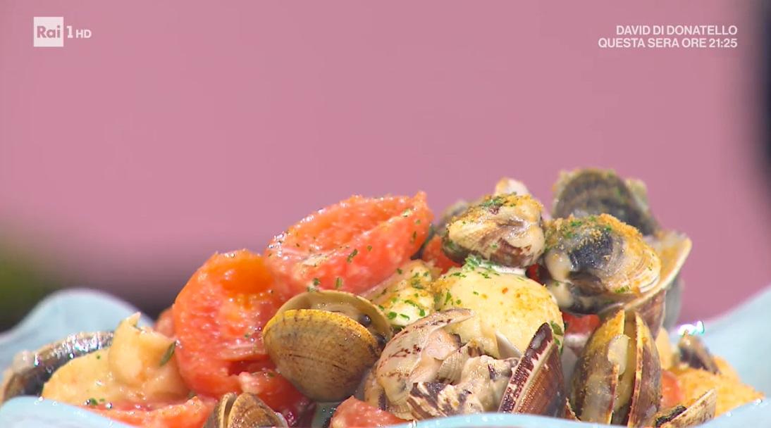 gnocchi di pane con vongole e bottarga di Michele Farru