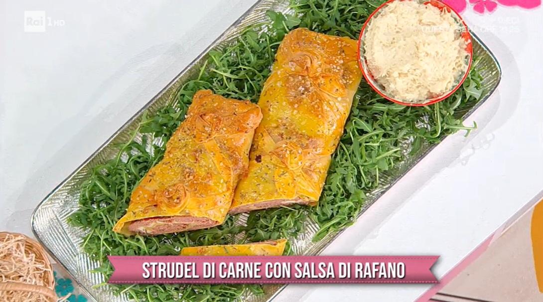 strudel di carne con salsa di rafano di Barbara De Nigris