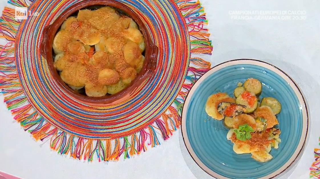 tiella patate cucuzze e cozze di Antonella Ricci